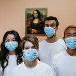 Pourquoi tout le monde devrait-il porter un masque?
